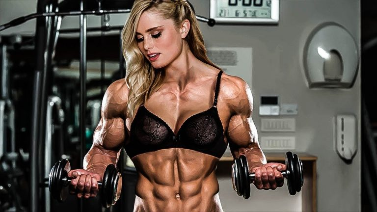 10 Strong Women That Can Lift More Than You