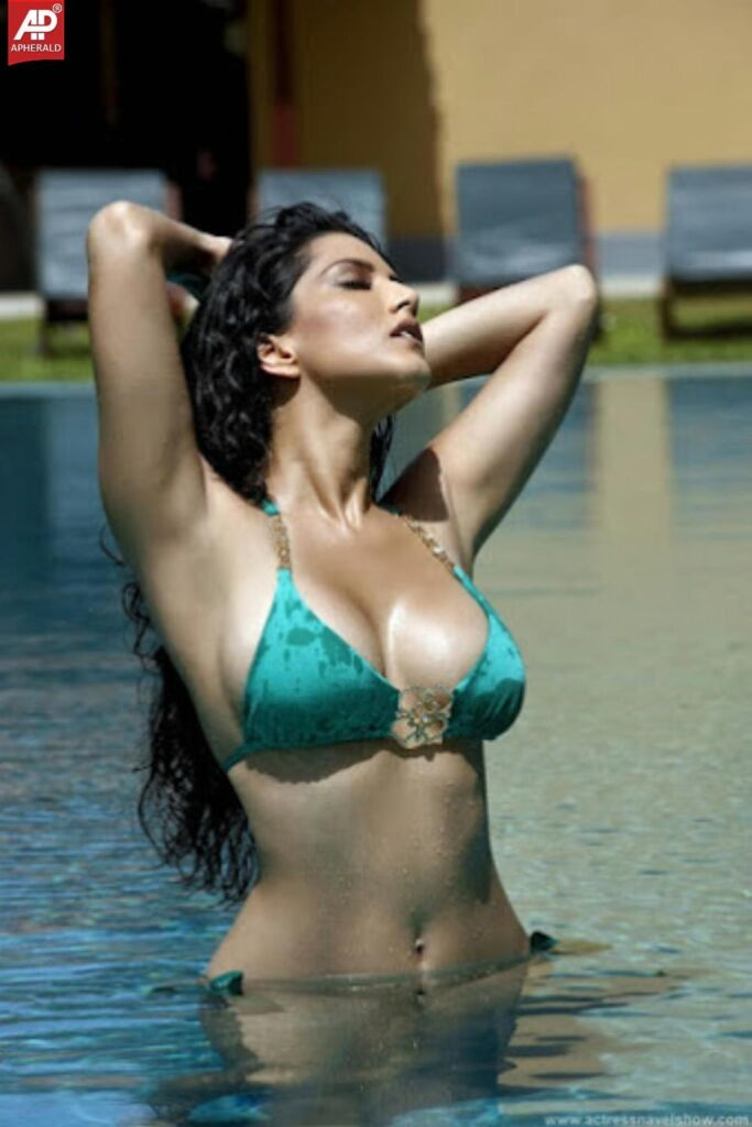 Bollywood Actress Bikini Photos
