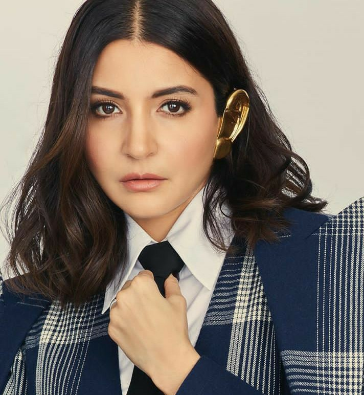 Anushka Sharma after lashing out over Instagram cools her social media account with a cute post!