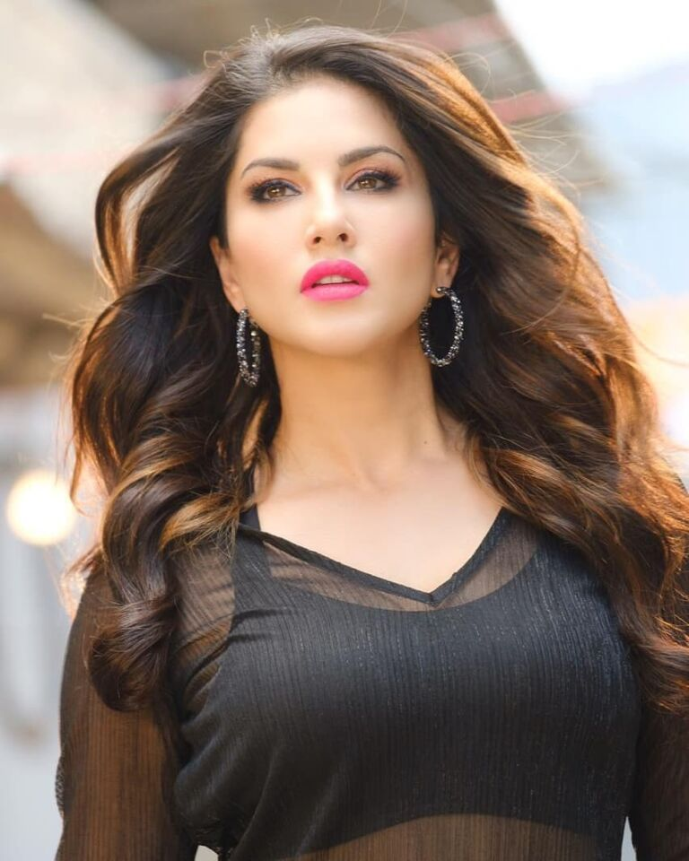 Sunny Leone Is Going A Step Ahead By Promoting Vegan Fashion