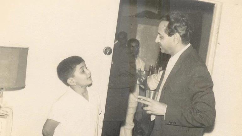 Rishi Kapoor shares Throwback Photo Of Veteran Actor Pran