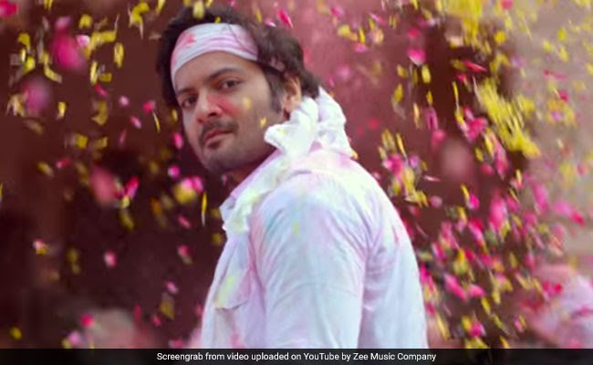 Actor Ali Fazal's Mother Died In Lucknow
