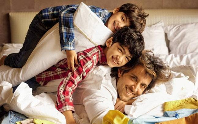 Father's Day Special: Meet The Cool Daddies Of Bollywood Industry
