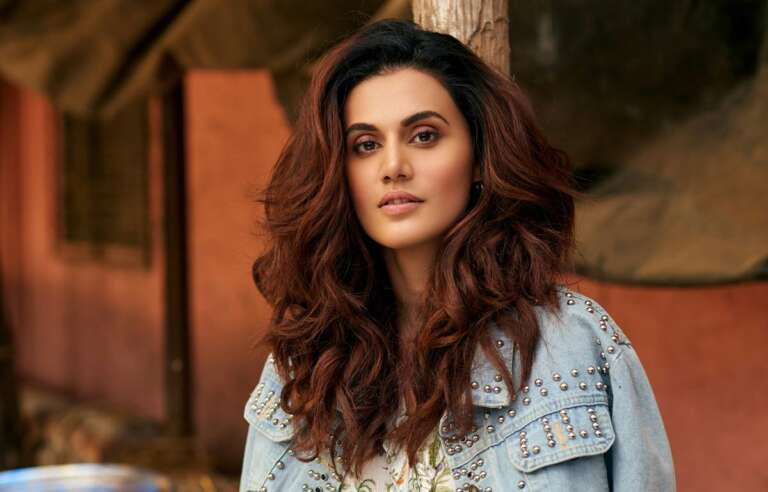 Taapsee Pannu gifted an iPhone to a Girl from Karnataka to study for her online classes