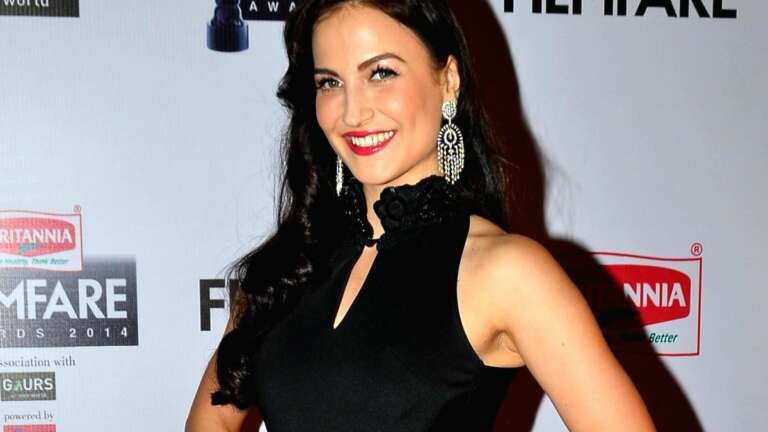 Elli AvrRam opens up about her struggles as a foreigner