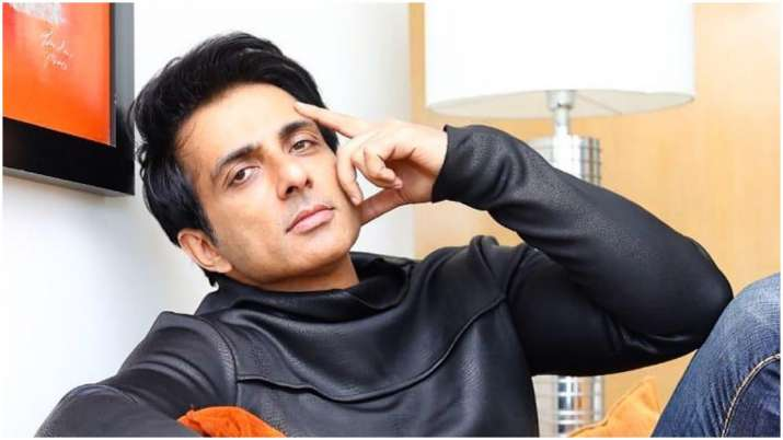 Sonu Sood Says He Receives About 32000 Requests For Help Everyday