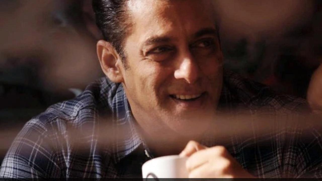 Salman Khan 33 years old video