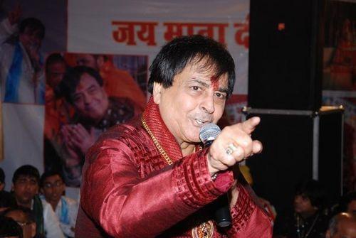 Bhajan Star Narendra Chanchal Sings 'Kithon Aaya Corona' & It's Going Viral