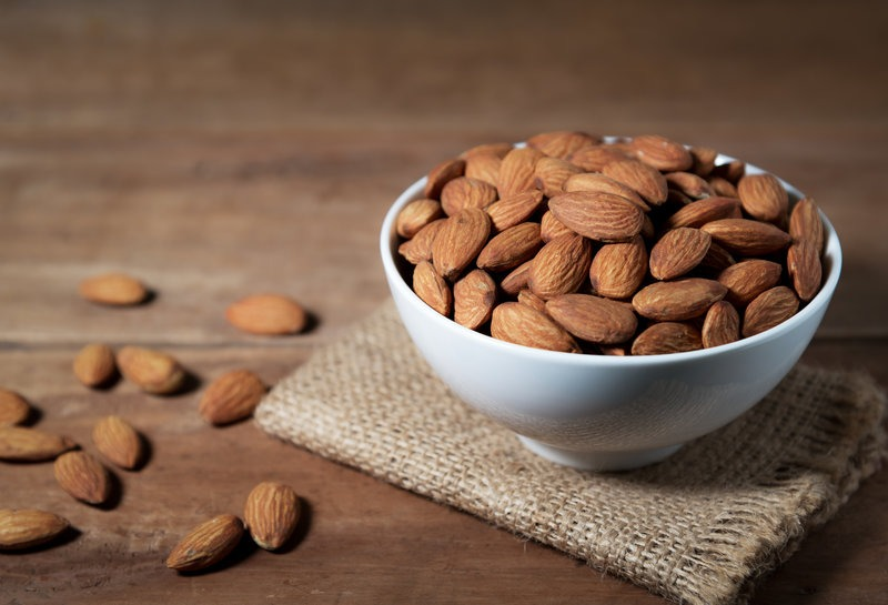 Diets During Pregnancy- almonds